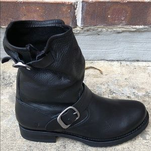 Frye Veronica Black Short Moto Boots